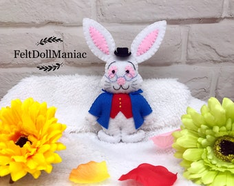The White Rabbit. Easter Bunny. Felt Doll. PDF Pattern and Tutorial. Easter Decoration. Easter Pattern.