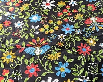 DRESSMAKING cotton, 1940s cotton, 11 yards, black floral fabric, 40s fashion, vintage dressmaking, sewing fabric,  quilting cotton, 34 inch