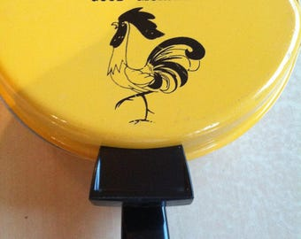 Nordic Ware Rooster Omelette Pan