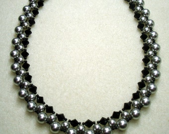 TUTORIAL for Going Out Tonight Pearl and Crystal Necklace