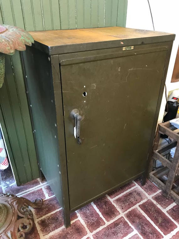Vintage Green Metal Lyon Gas Station Metal Gas Station Cabinet