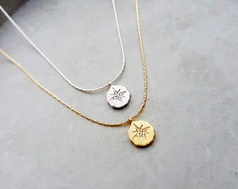 small starburst charm necklace, celestial necklace,disc necklace, north star necklace, hammered round charm, delicate necklace, cz starburst