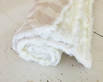 Chevron Dog blanket, Pet Bedding, Cream and Tan Pet Blanket, Doggie Blanket, blanket for dogs, cozy pet bedding, Dog Bedding