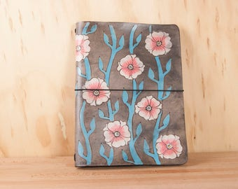 Hobonichi Cover - Leather Travelers Notebook - Midori, leuchtturm1917, Moleskine - A5, A6, A4, B5, B6 --  with Flowers in Turquoise and Pink
