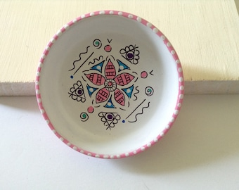 Hand Painted Trinket Dish, Painted Jewelry Dish, Painted Ring Dish, Mandala Ring Dish, Catchall Dish, Mandala Jewelry Dish - PINK CANDY
