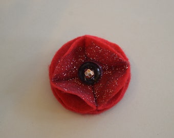Red Remembrance Felt Poppy Pin