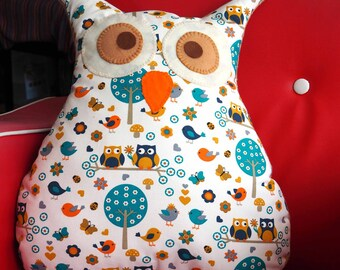 Large pillow approx 39x43cm shape OWL-OWL white cotton with trees and couple of owls