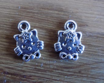 Set of 2 Hello Kitty charms