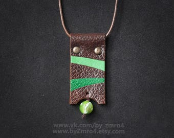 Leather geometric pendant with agate stone, Geometric green brown pendant, Geometric boho necklace, Ethnic pendant necklace, Gift for Woman