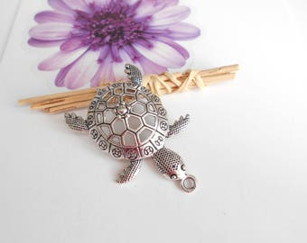 Silver 1 turtle pendant 57 x 39 mm