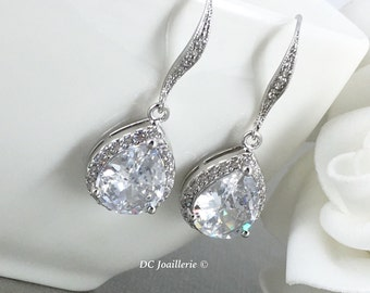 White Crystal Bridal Earrings Wedding Jewelry Teardrop Bride Earrings Wedding Earring Cubic Zirconia Dangle Earring CZ Bridesmaid Gift