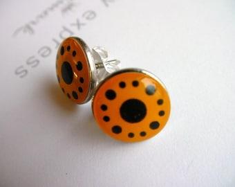 I Like Poka dots (earrings) ... SALE ... Polka Dots, Orange, Post Earrings, Studs, Geekery, Cool, Fun