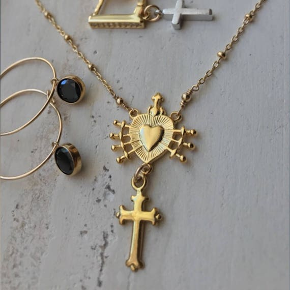Heart and cross necklace, heart and 7 swords