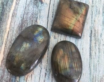 Labradorite cabachons / set of 3 labradorite cabs / labradorite cabachons for wire wrapping or jewelry making