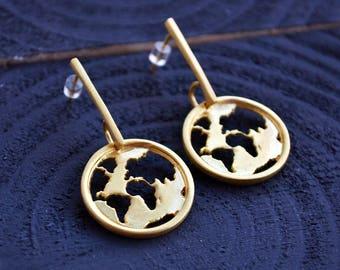 World Map Earrings / Gift for Women / Drop Earrings / Travel Gift / Hook Earrings / Dangle Earrings /  Map Earrings / Travel Earrings