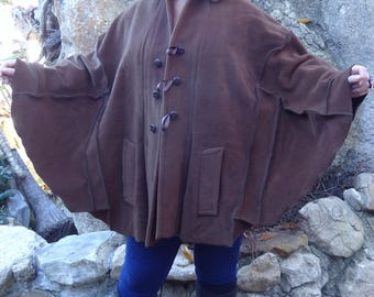 Chic Brown wool poncho Cape