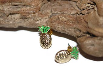Small Pineapple Studs,Pineapple Jewelry, Enamel Pineapple, Pineapple on Pizza, Fruit Earrings, Fruit Jewelry, Food Jewelry, Food Earrings