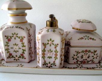 N'Orleans rosa Blumen Porzellan Möbel Set / Made In Japan / Immobilien finden / Shabby Chic-Dekor / Vintage Rosa Kommode Set /
