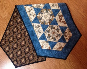 Table runner in kaleidoscope design, stars, in floral print with blue, cream, brown, table topper, quilted dresser scarf, handmade, gift