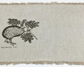 Set of 5 Vintage New Zealand KIWI Fringed Linen Placemats Natural Tan Wheat Homespun Woven Linen Fabric