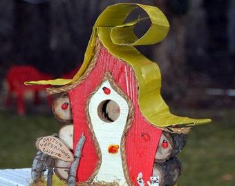 Birdhouse, bird house, custom bird house with sign and color options