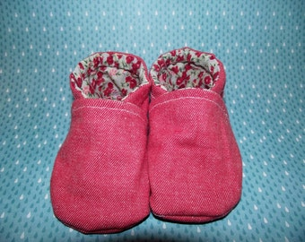 Pink jean baby booties shoes with flowery inside -  Size US 2 for 3 - 6 Months
