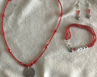Red Heart beaded necklace ,bracelet and earrings