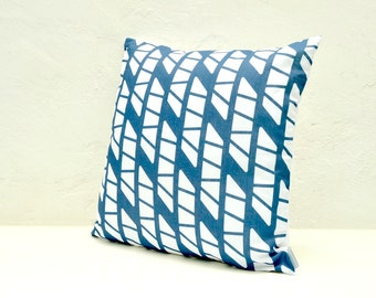 Blue and White Linen Pillow Cover, Geometric Print Pillow Cover, Scandinavian Decor, Bohemian Pillow, 18x18, Home Decor Pillows, Sofa pillow