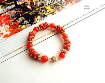 Red beaded bracelet, womens bracelet, stackable bracelet, beadwork, handmade bead bracelet