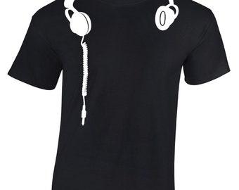 Headphones DeeJay T-Shirt. Headphones Shirt. DJ Shirt. Gift for DJ's.