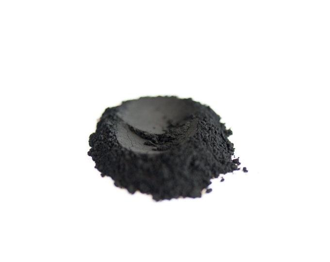 Dry or Wet Black Eyeliner Powder