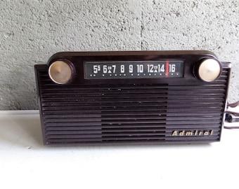 Vintage Admiral Tube Radio Bakelite with Original Bag 1950s