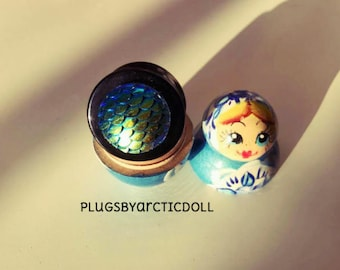 1 plug was individually 24mm blue Mermaid scales