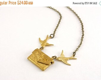 20%OFF SALE Love Letter Envelope Locket Necklace, Bridesmaids Locket, Personalized Locket Necklace, Love Note Necklace