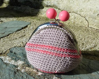 Purse crocheted Beige striped candy pink