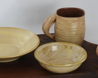 two bowls and 2 cups collection, all related
