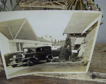Vintage 1930s Photo Glossy Old Car Photo