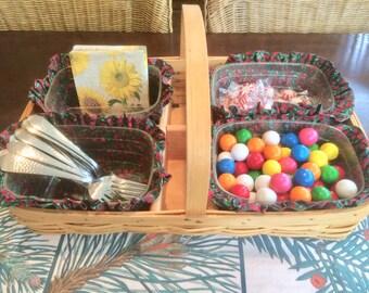 Wicker Basket Storage Basket Serving Basket Candy Buffet Serving Tray Vintage Basket Lined Old Basket Large Basket Condiment Caddy Organizer