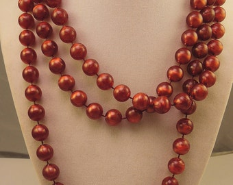 Red/Brown Plastic Bead Necklace 1960-70s