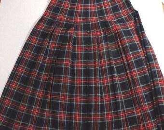 Vintage Tartan Plaid Skirt size 12, Pendleton, 100% Virgin wool Long Pleated Red Green, modest skirt