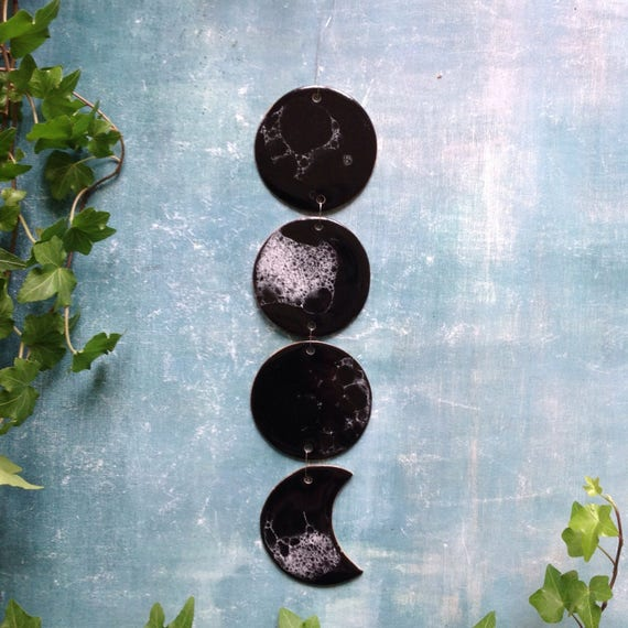 Black stoneware moon phase