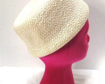 Vintage Pillbox hat, White Straw, Jackie O, Amy for New York, RH Wasson and Co, Garden Wedding, Bride, Tea Party,