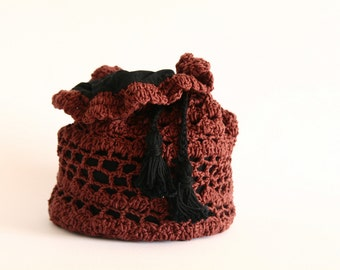 Tote- BeautifulBrown -Cotton.- Brown -black lining  knit with one needle--ready to ship---Chrsitmas gift---Gift under 40 USD