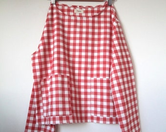 Gingham flannel box top with pockets
