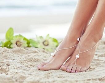 Barefoot sandal, beach wedding foot jewelry, Bohemian wedding jewelry, bridesmaid gift, resort jewelry. MELINDA Silver