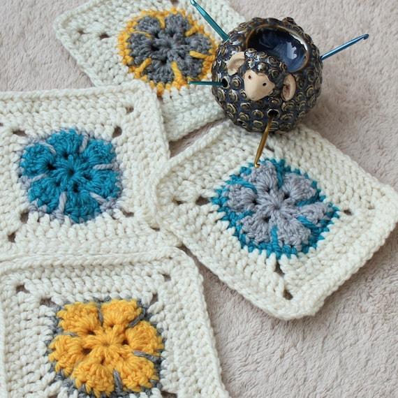 Easy Flower Squares, Easy Square Pattern, Easy Crochet Granny Square ...