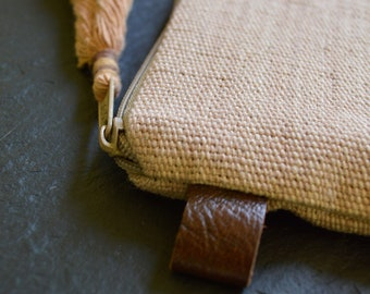 Sherpapaw Pouch (Simple Brown)