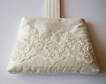 Wedding Bag, Bridal Purse, Wrist Bag, Bride's Bag, Bridesmaid's bag, Ivory Silk, Beaded Lace, OOAK Design, UK Seller