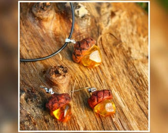 Natural Baltic amber Meranti wood - Earrings & Pendant Set