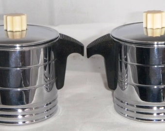 GENERAL ELECTRIC / HOTPOIN - Chrome and Bakelite - Cream and Sugar - Complete With Lids!